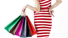 Under threat: No end to retailers' woes in 2015, analysts caution