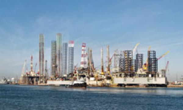 Keppel Units Award Long-Term Offshore Services Contracts To