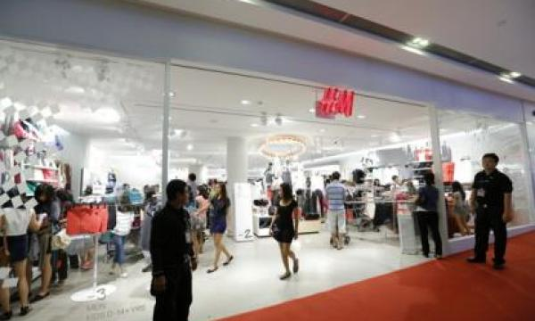 H Amp M To Open 3 More Stores In Singapore Singapore
