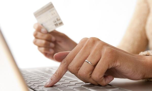 online shopping is killing department stores in singapore