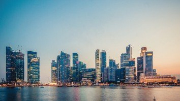 Digitalisation creeping into non-tech roles as Singapore banks accelerate hiring